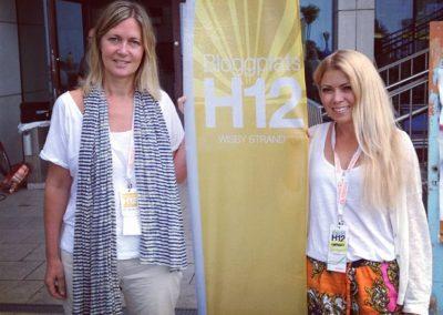 Ann Hallsenius och Karin Bäcklund, båda Almega, projektledare för Bloggplats H12 som nu flyttat till Visby Strand.